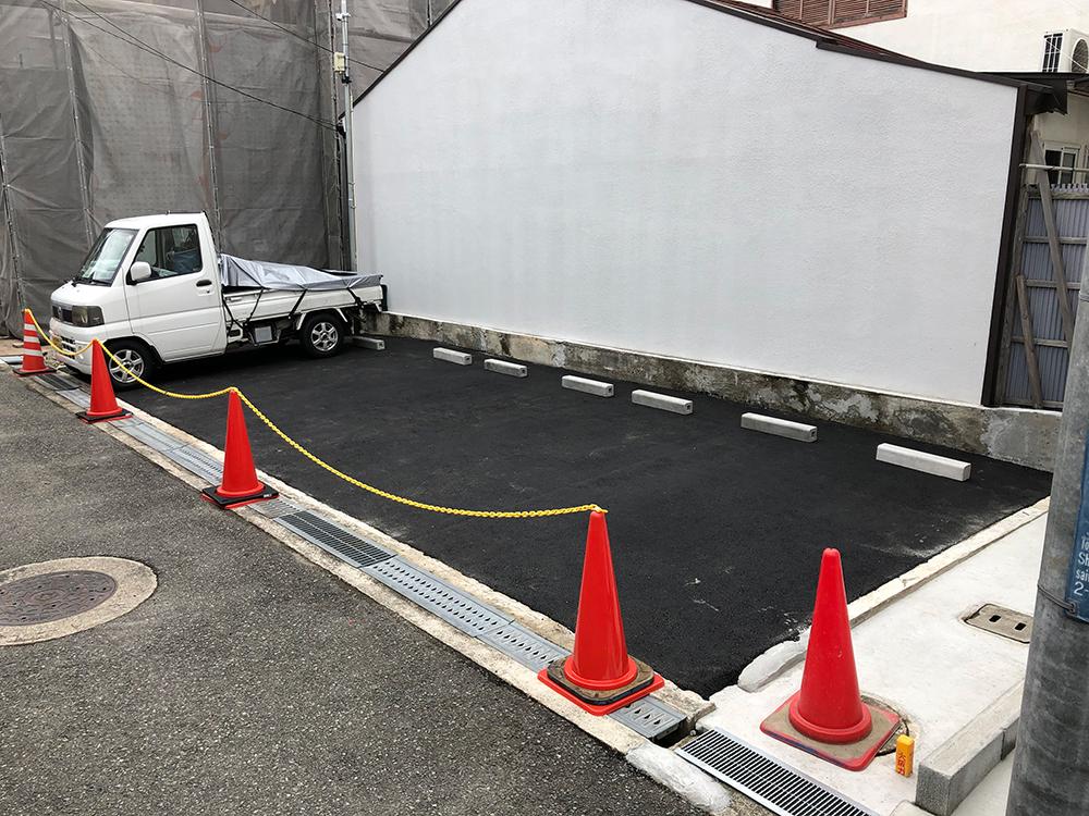 【大阪府豊中市】砂利の部分を舗装のみしてほしい(車止め・ラインは不要)